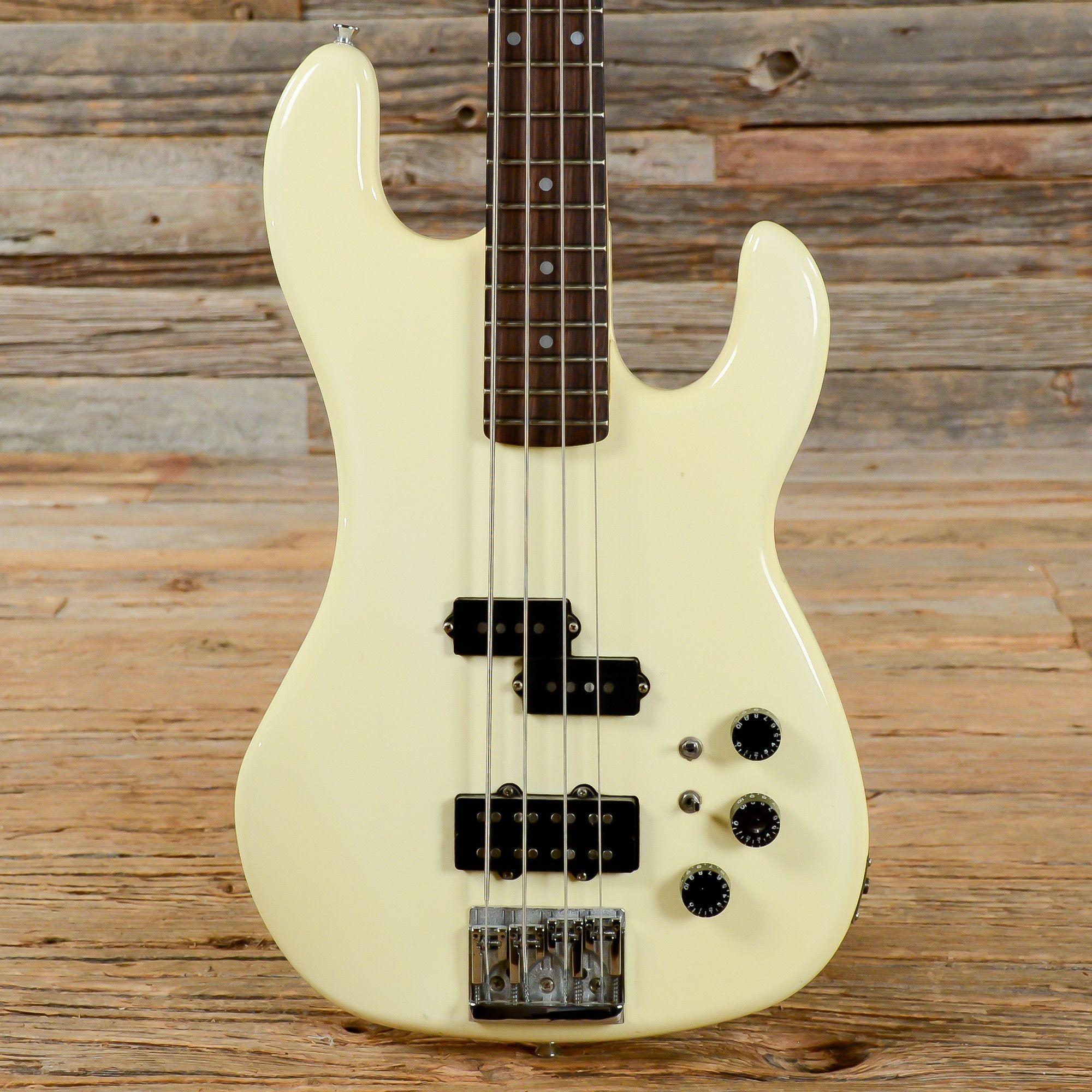 Kramer Focus 7000 Bass White 1983 s601