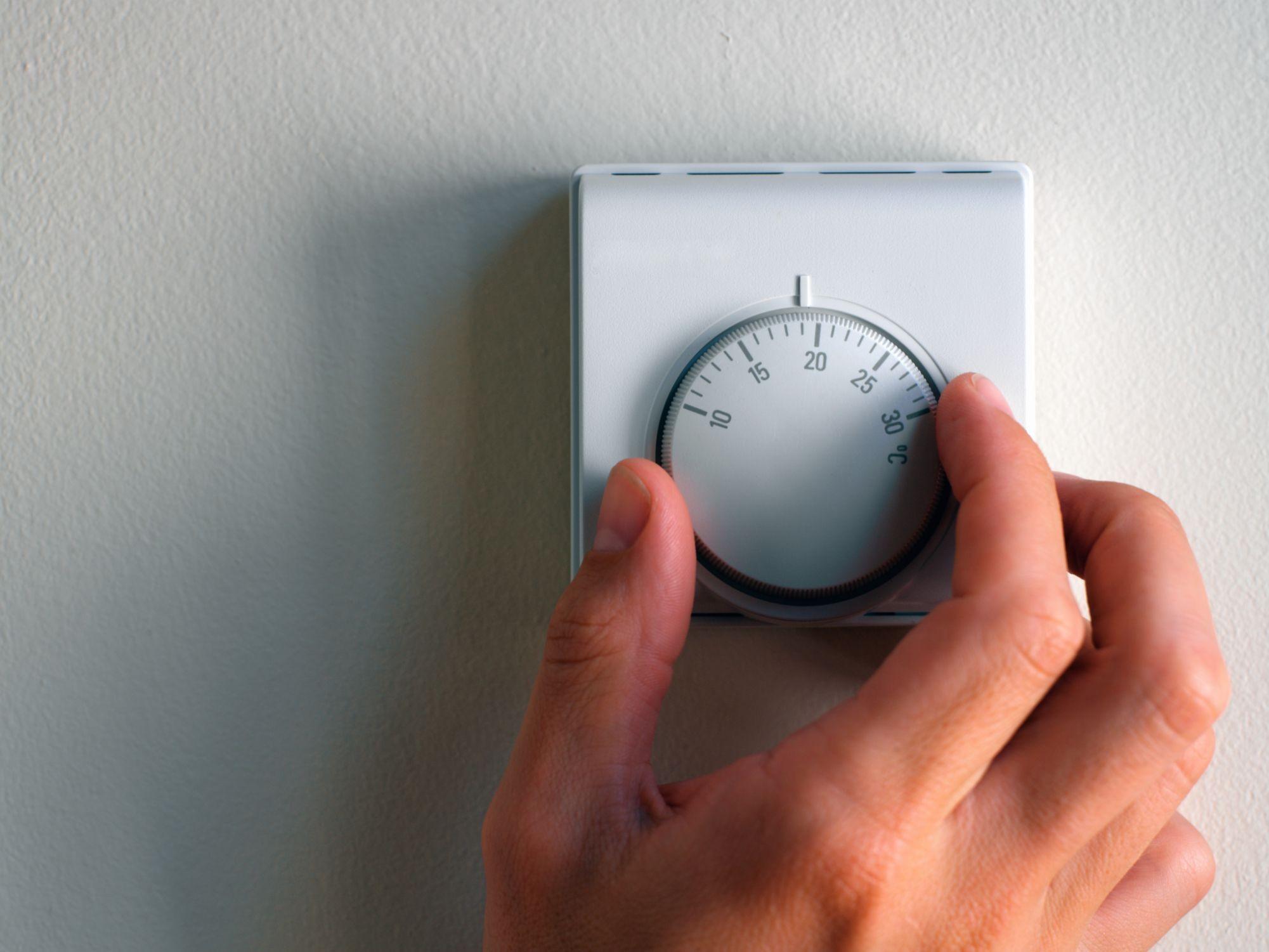 Install Line Voltage Thermostat 001 56a4a0a63df78cf e