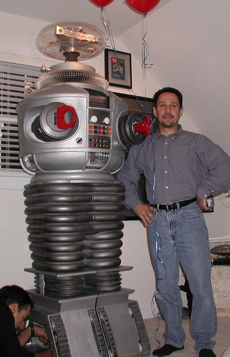 Replica B9 Robot replica produced by Classics Reborn LLC belonging to John Boccia e of only three ever produced by this pany prior to it s