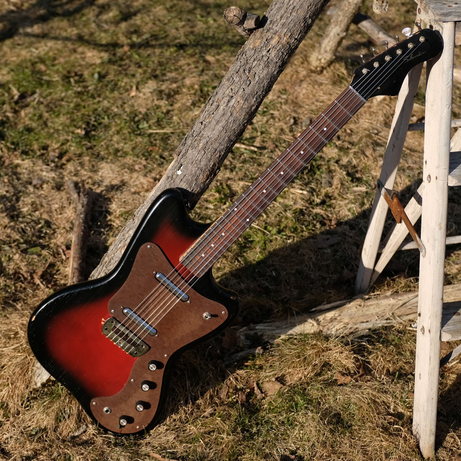 "1967 Danelectro made Silvertone 1452 ""Hornet"" Electric Guitar"