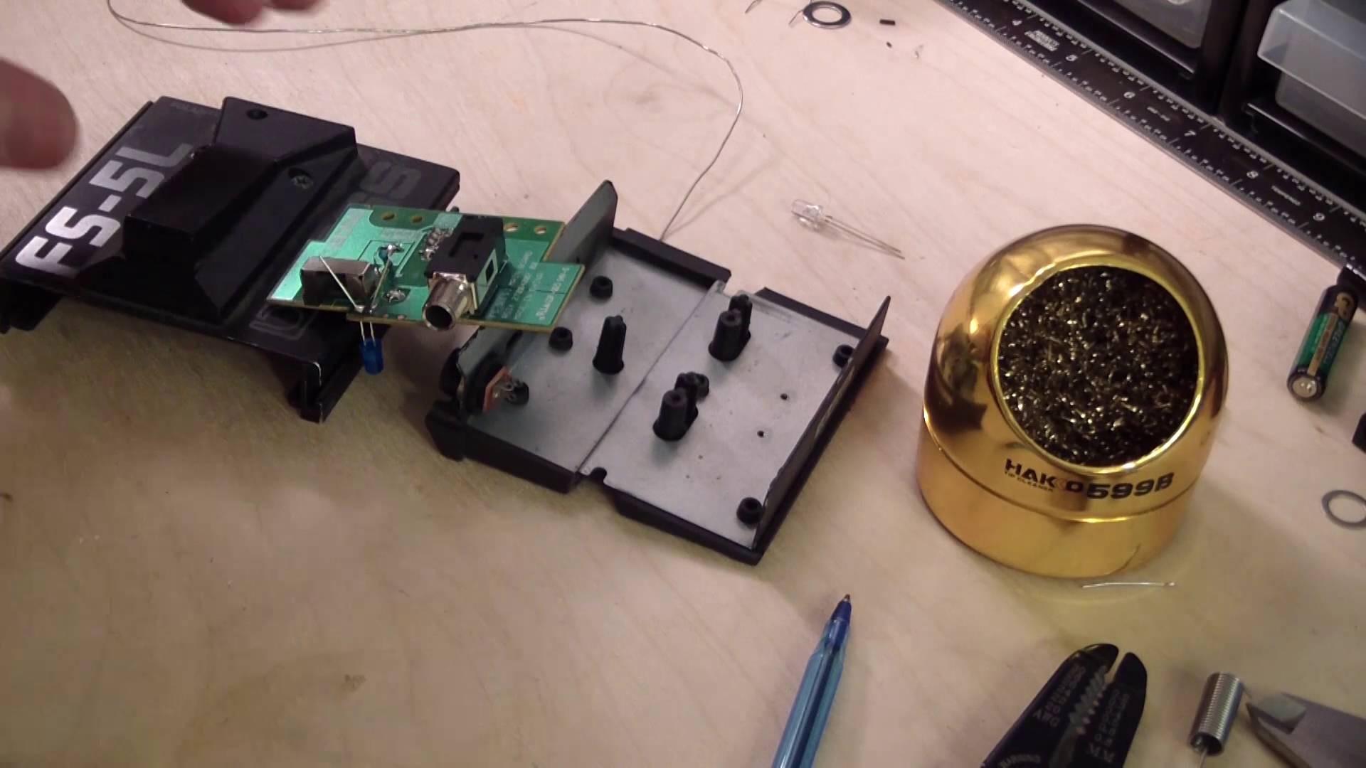 Do It Yourself Musician 32 Boss FS 5L 9 volt LED Mod