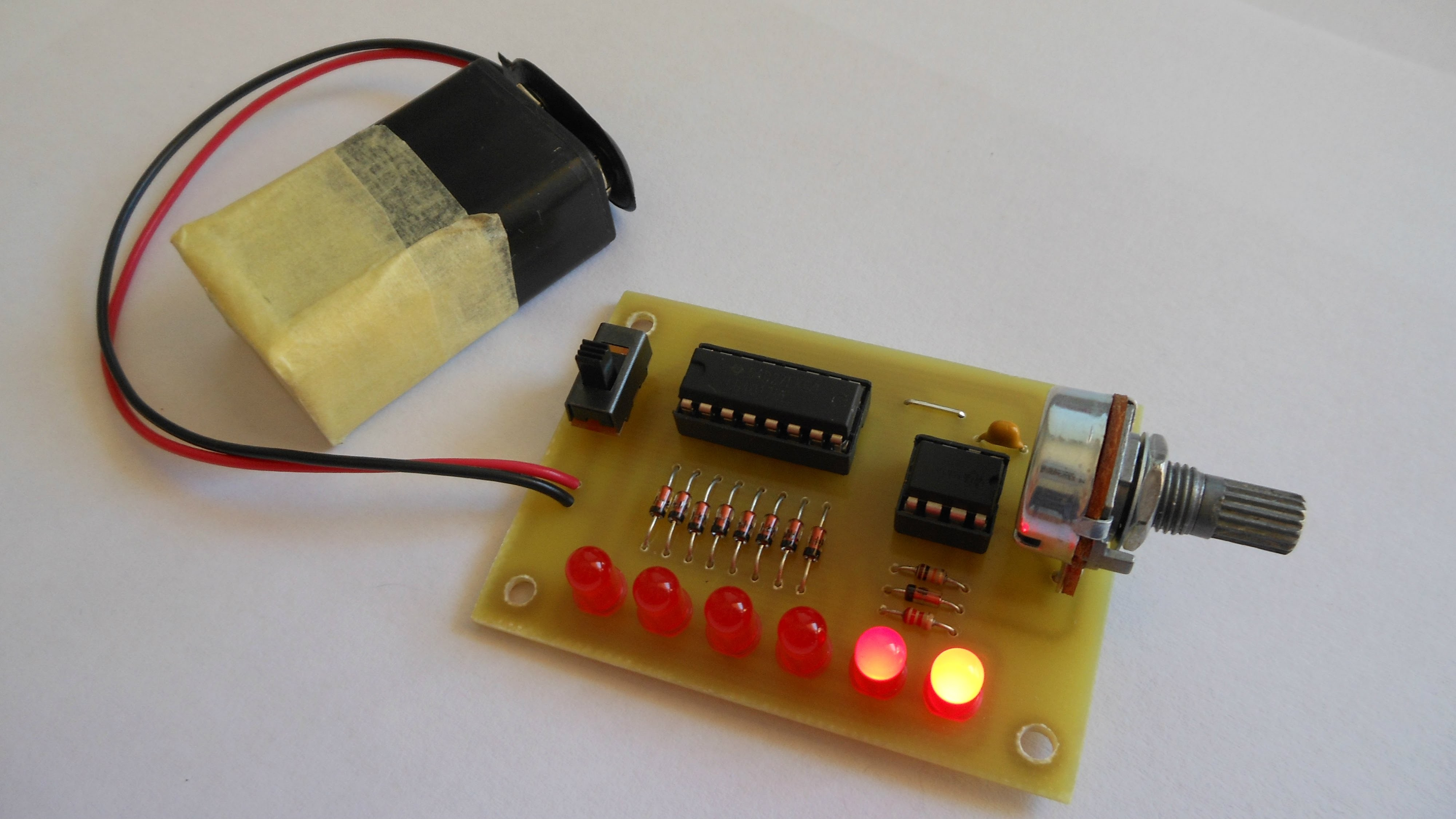 Knight Rider LED Flasher 555 & 4017 DIY Circuits