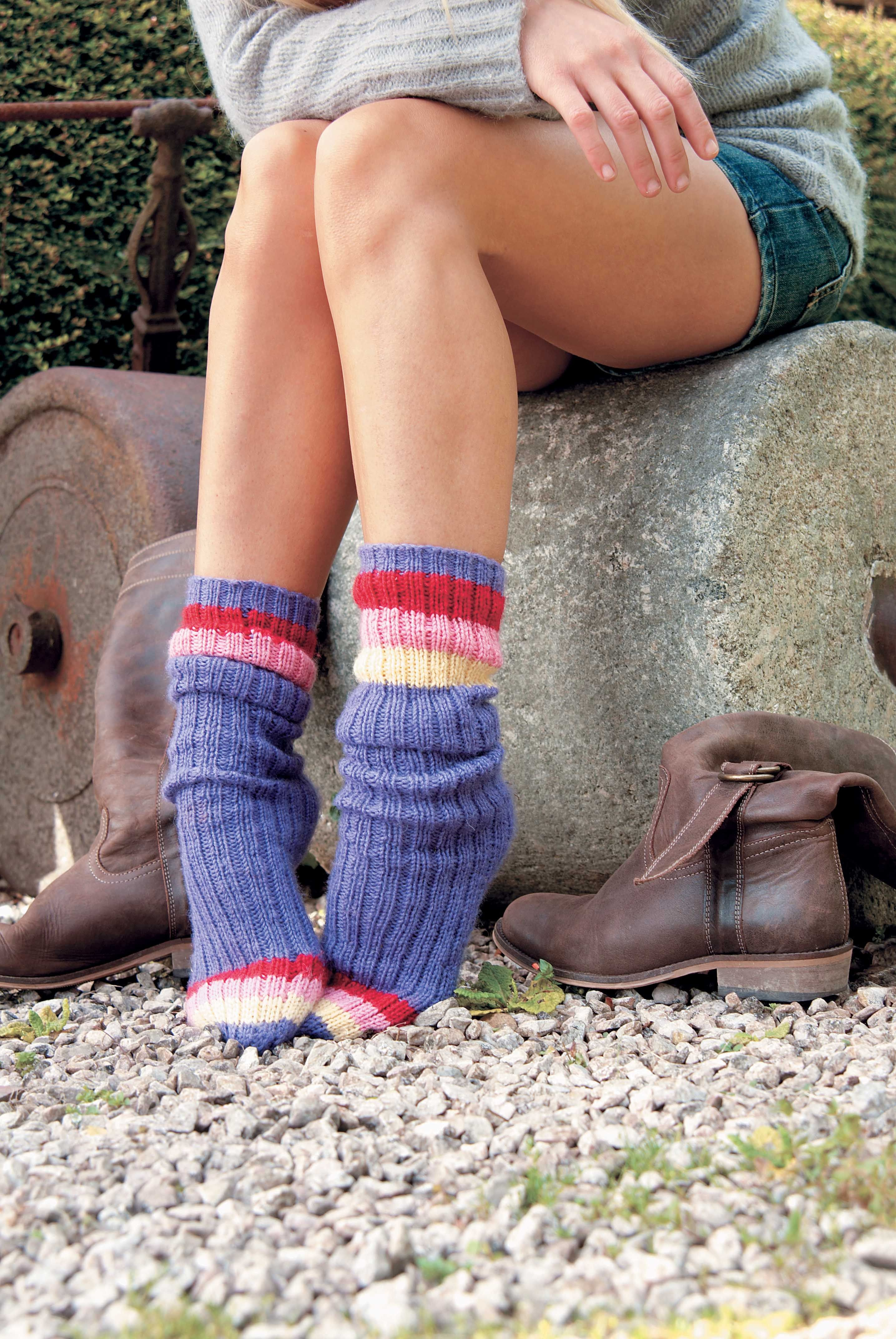 This free simple sock knitting pattern is perfect for first time sock knitters because theres no heel to turn and no shaping until the simple decreases