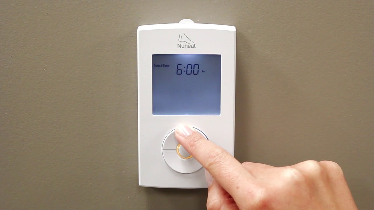 NUHEAT SOLO thermostat programming Step 1 Setting the Day and Time