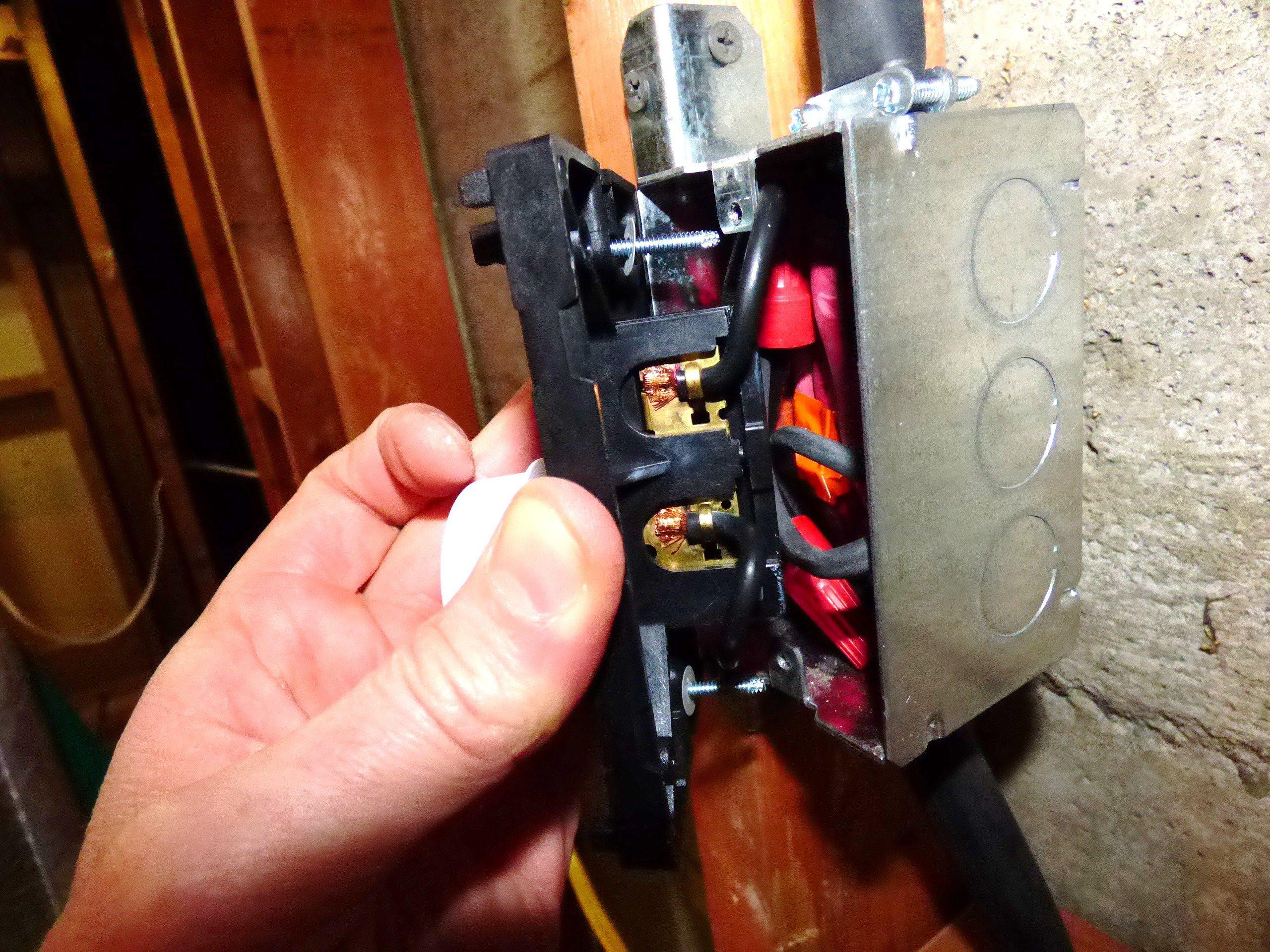 Wiring A 240 Volt Baseboard Heater Diagram