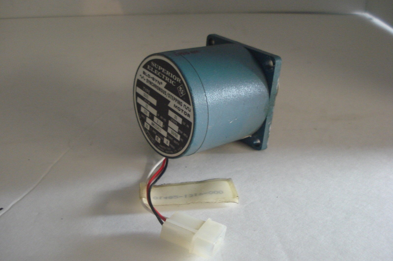 SUPERIOR ELECTRIC SLO SYN STEPPER DRIVING MOTOR SS25
